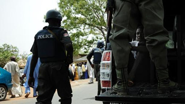 Nigeria-police-stand-guard-in-Bauchi-AFP